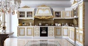 Royal Cucina, Cucina componibile in legno intagliato, per ville
