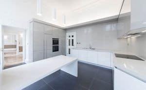Cucina Maxi AS design, Cucina pratica, con nuove finiture e forme rigorose