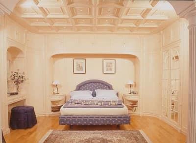 Parete classica di lusso boiserie camera da letto - Decorazioni pareti camera da letto ...
