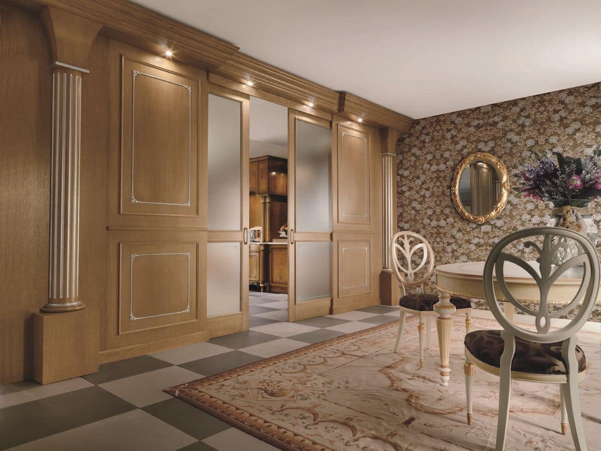 Boiserie in rovere particolari intagliai in foglia for Design di cabine di lusso
