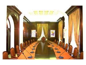 Immagine di Boiserie sala riunioni, scrittoi classici di lusso