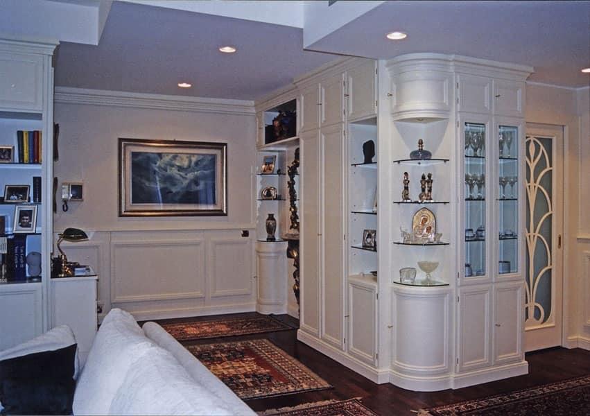 Boiserie in legno salotto idfdesign for Decorazioni pareti soggiorno
