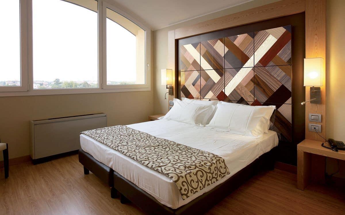 Boiserie per camere da letto su misura idfdesign for Design pareti camera da letto