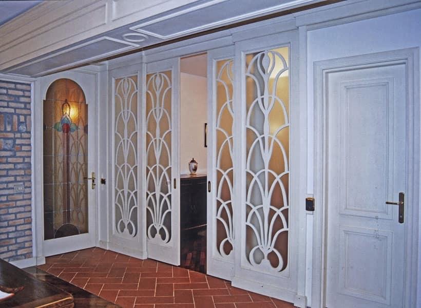 Porta scorrevole in legno e vetro, stile classico | IDFdesign