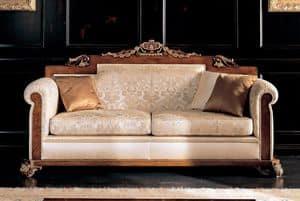1752, Divano 3 piazze, in legno di faggio massiccio, schienale e seduta imbottiti, per ambienti in stile classico