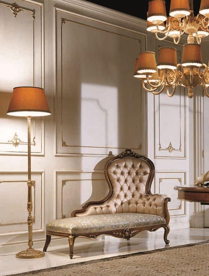 5631, Dormeuse in legno di faggio massello, schienale e seduta imbottiti, per ambienti in stile classico di lusso