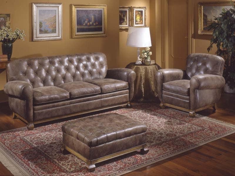 Divano in stile rivestito in pelle cuscini in piuma d - Cuscini schienale divano ...