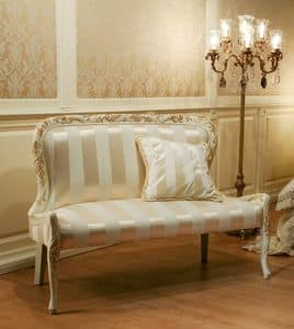 Immagine di Art. 1078, divani classici di lusso