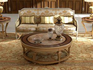Art. 28/3, Elegante divano classico