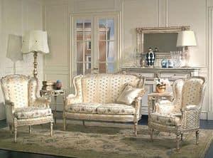 Art. SM 72 San Marco, Riproduzione di un divano del XVIII secolo, con intagli floreali