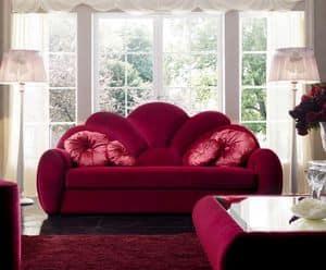 Capri 23 divano, Divano a tre posti, rivestito in tessuto, per prestigiosi salotti e hotel dallo stile classico contemporaneo