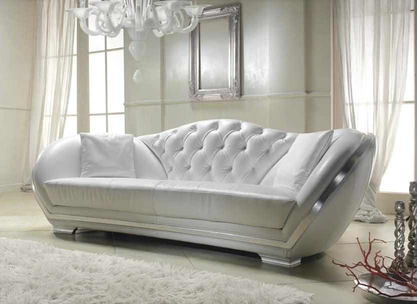 Divano in pelle bianca stile classico idfdesign for Divina divano
