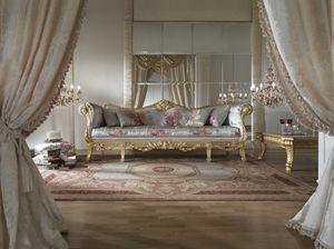 Fiore divano, Lussuoso divano con finitura dorata