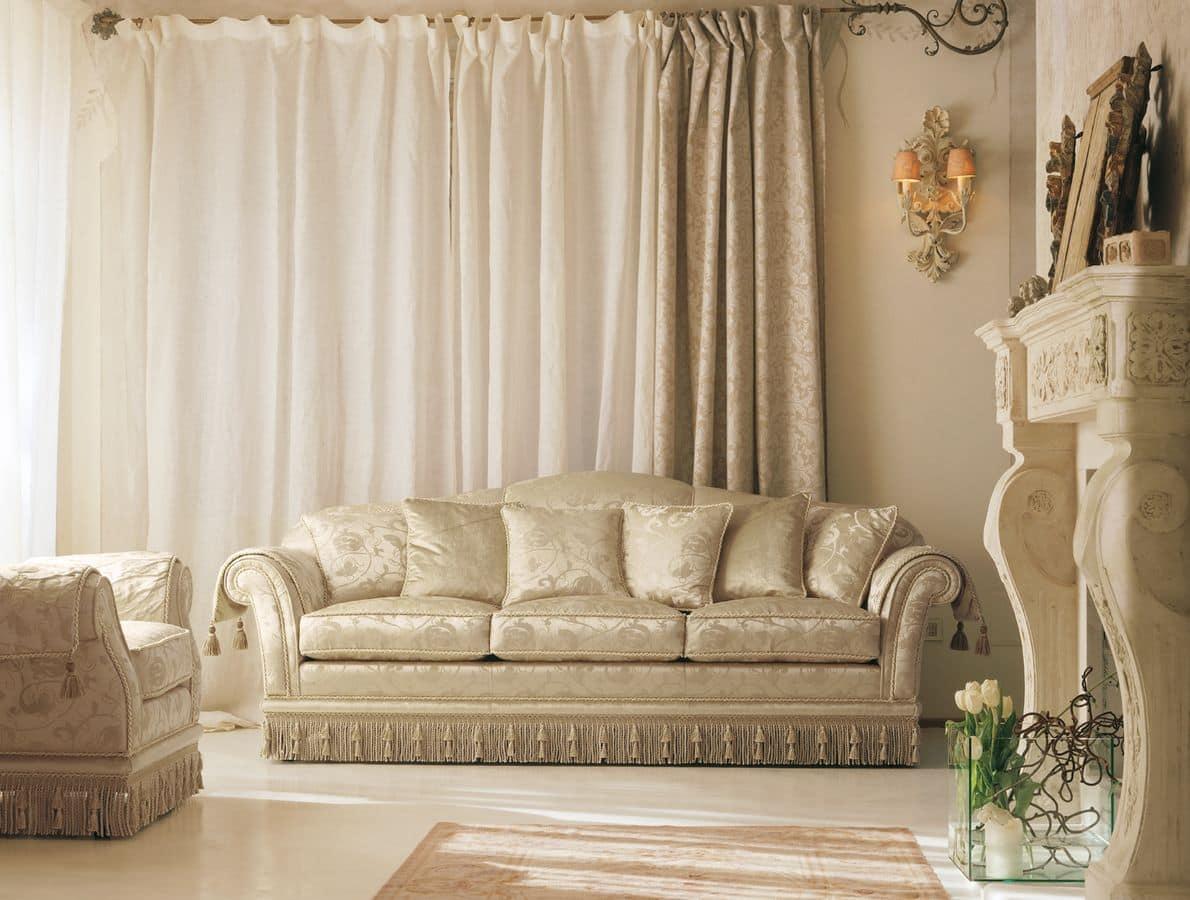 divano classico di lusso per eleganti salotti idfdesign