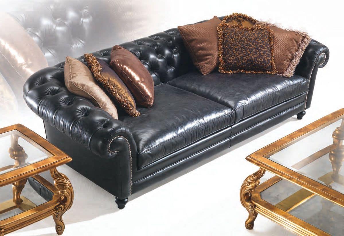 Divano classico in pelle ideale per ville idfdesign for Divani di lusso marche