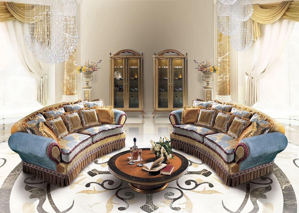 Lisa due divani 3 posti classici divano per salotto for Divani di lusso marche