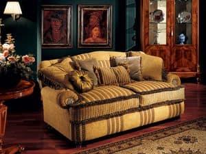 Marcus divano, Divano di lusso con braccioli bassi, stile classico