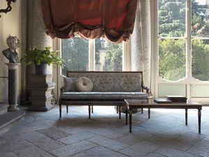 Margherita divano, Divano con retro schienale capitonné