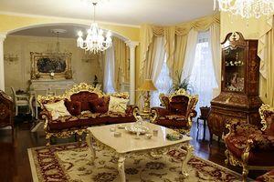 Maria tessuto, Divano classico di lusso