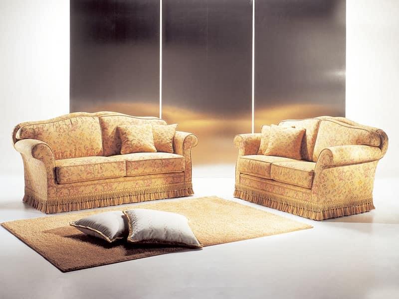 Mozart, divano realizzato artigianalmente, imponente divano classico, divano di qualit� Salotti