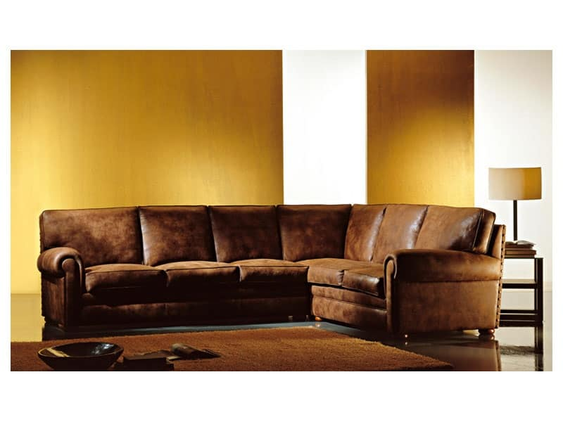 Divano angolare rivestito in tessuto stile classico for Divani di lusso prezzi