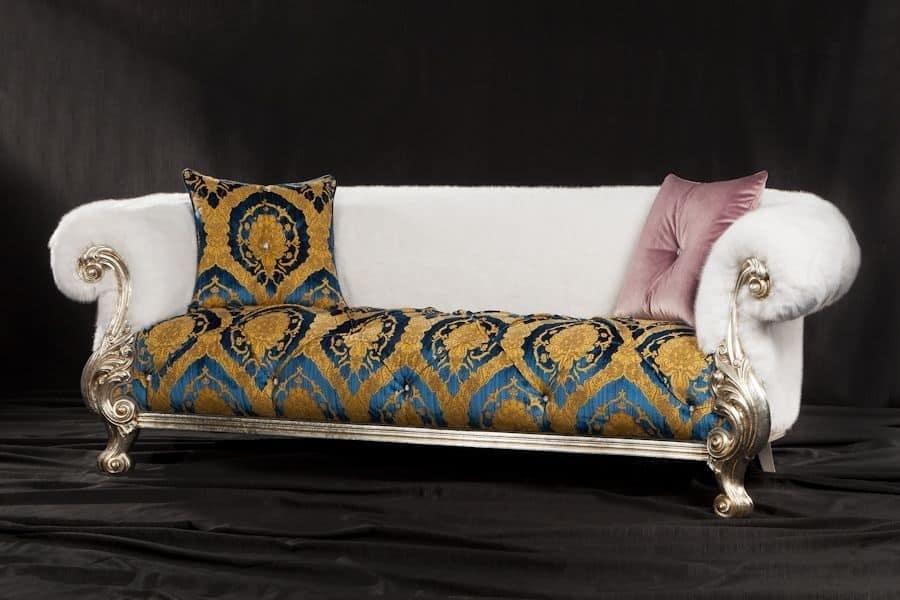 Queen tessuto, Divano stile Chesterfield con schienale bombato