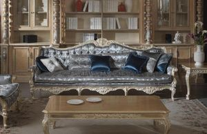 Cardinale divano, Divano per prestigiosi salotti
