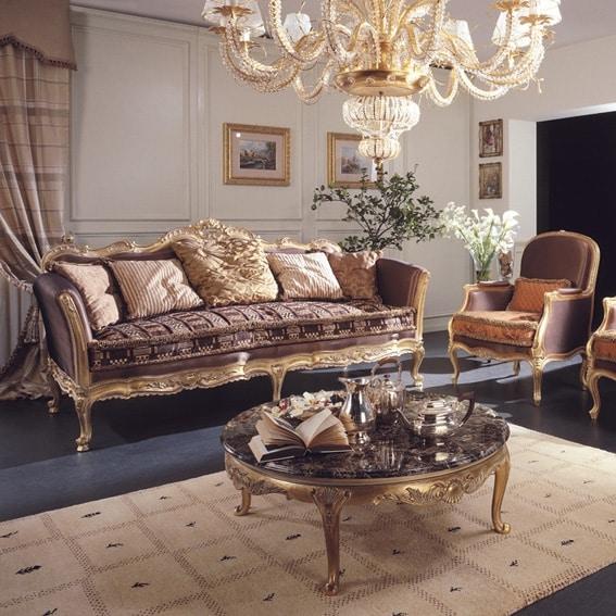 Delizia divano, Divano in stile classico con intagli fatti a mano