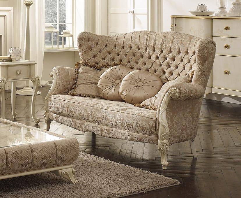 Elisabetta divano, Divano classico di lusso