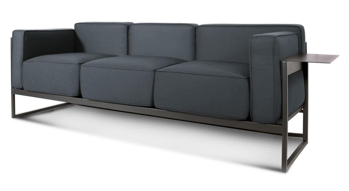 Elegante collezione di divani a due e tre posti idfdesign for Collezione divani e divani