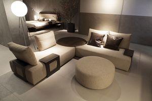 Kronos divano, Divano con schienali spostabili ed elementi tavolino