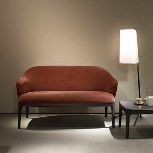 Manda divano, Divano a 2 posti rivestito in tessuto