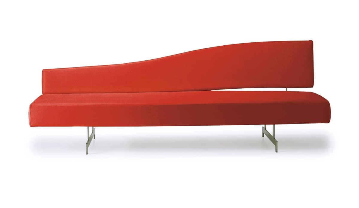 Comodo divano per a spazi contract e hospitality idfdesign - Divano comodo per tv ...
