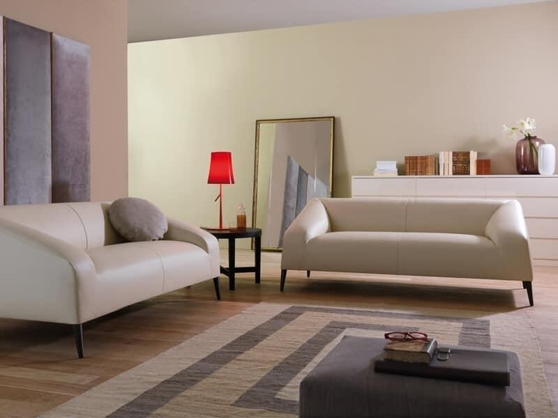 Divanetto design con piedini in legno rivestimento in - Tessuto rivestimento divano ...