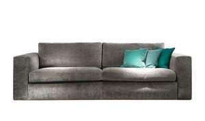 Ciro divano, Divano moderno dalle linee squadrate