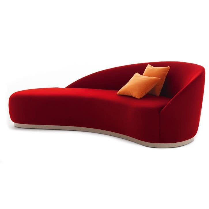 Divanetto Imbottito Design.Divano Imbottito Dal Morbido Design Idfdesign