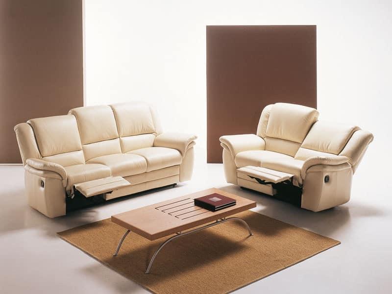 Divano ergonomico e comodo con seduta basculante idfdesign - Divano con seduta allungabile ...