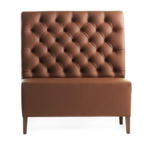 Linear 02451K, Panca modulare alta, piedi in legno, sedile e schienale imbottiti, copertura in pelle, in stile moderno