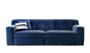Nino divano, Divano dalle linee semplici