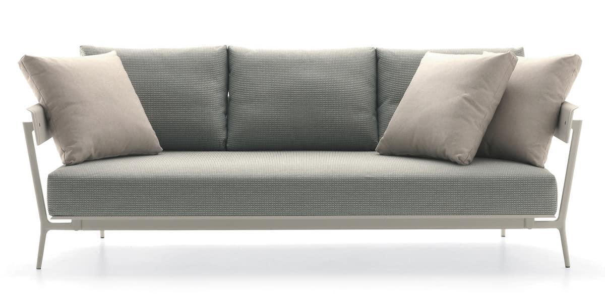 divano in alluminio con cuscini imbottiti per esterno
