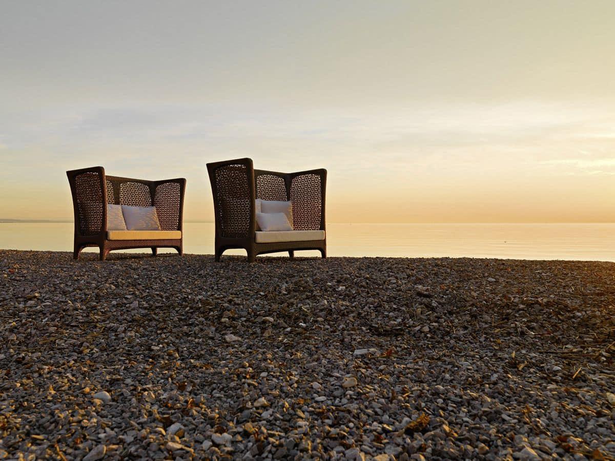 divano intrecciato con schienale alto per esterni idfdesign. Black Bedroom Furniture Sets. Home Design Ideas
