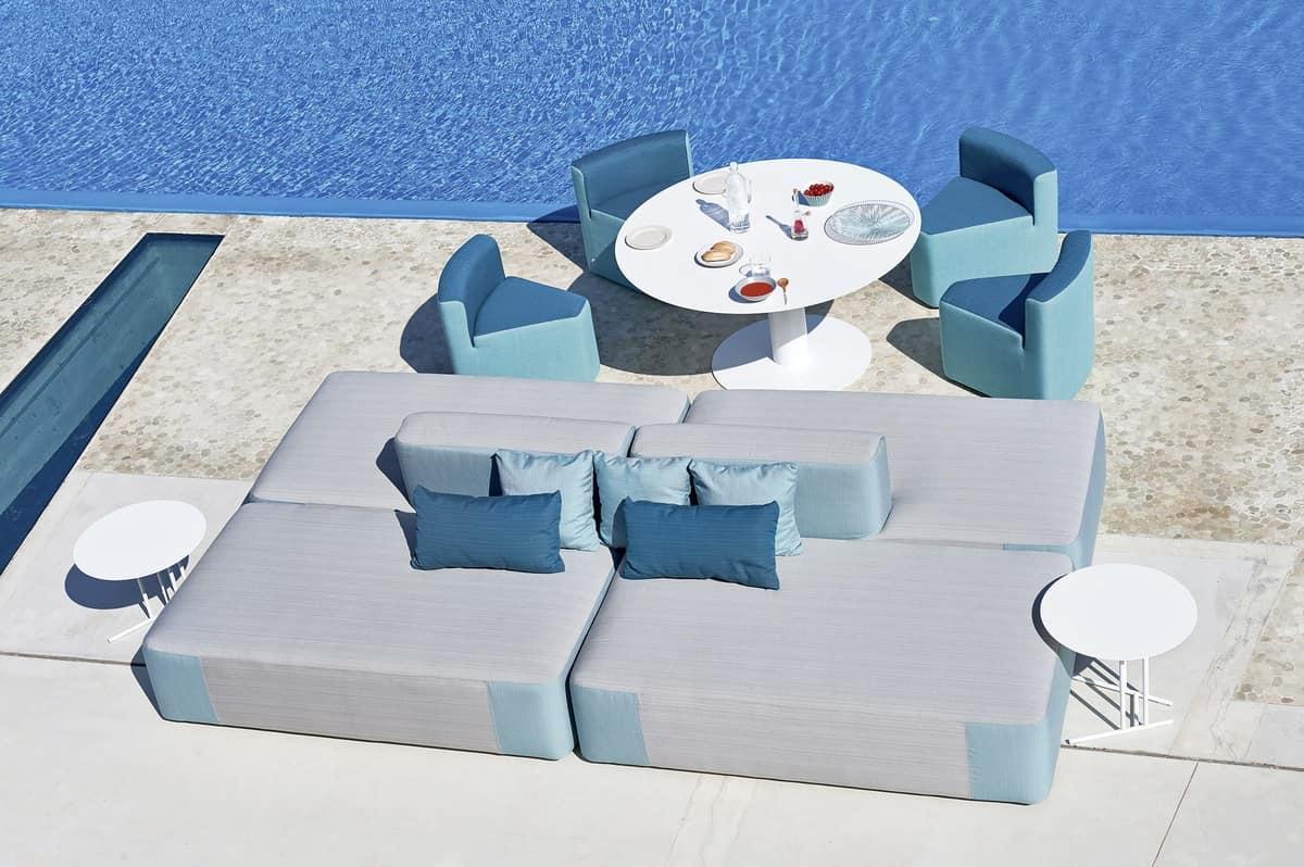 Divano modulare imbottito, in legno okumè, per esterno  IDFdesign