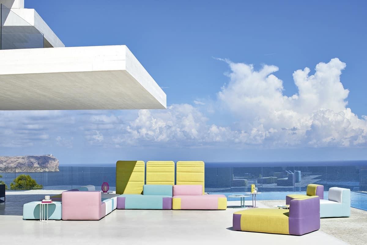 Belt divano componibile, Divano modulare imbottito, in legno okumè, per esterno