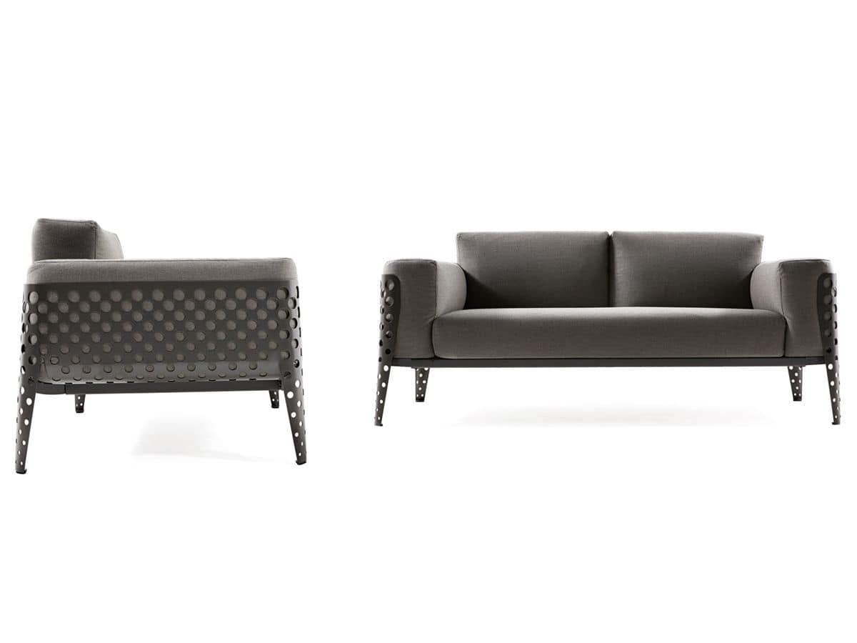 Cuscini divani esterni idee per il design della casa for Divani esterni prezzi