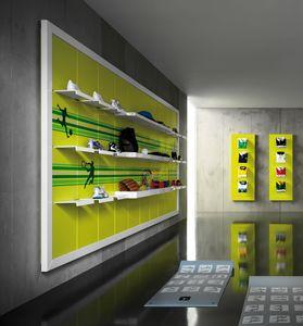 Revolution - espositori murali per negozi sportivi, Scaffalature da parete per negozi di sport