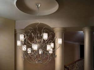 Anima lampadario, Lampadario con raffinata struttura in metallo e pendenti sw