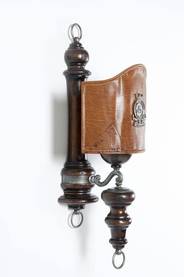 Art. SL 145, Applique con paralume in cuoio invecchiato