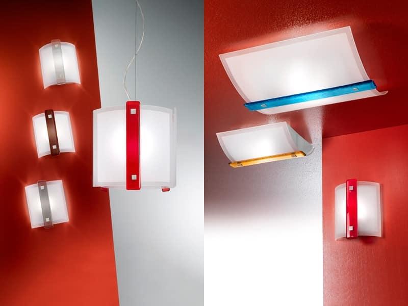 Lampada elegante alberghi idfdesign for Lampade da parete moderne