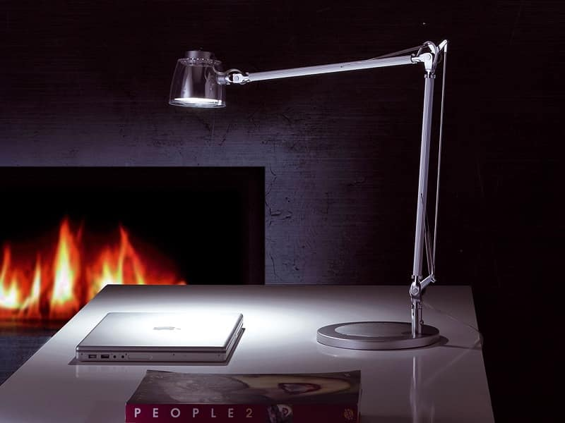 Mega Led, Lampada da tavolo a led, braccio in alluminio