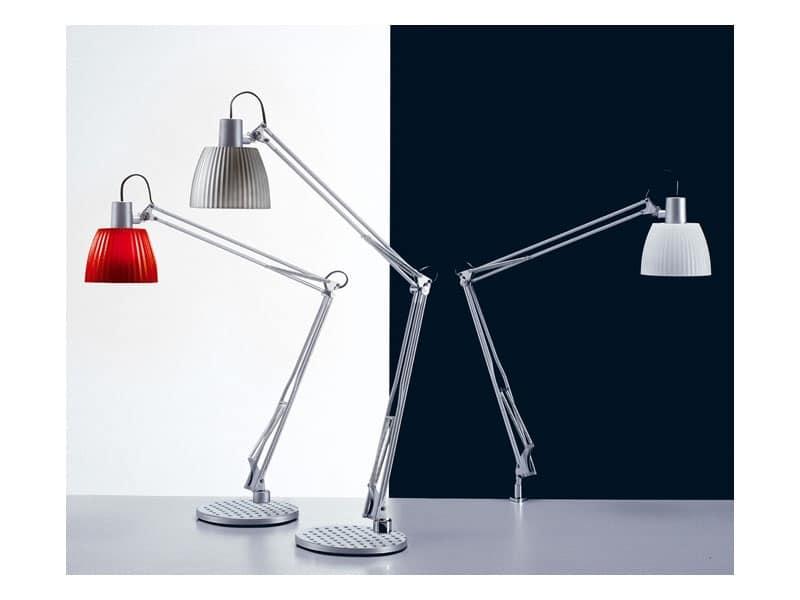 Lampada da tavolo per lampadine fluorescenti for studi for Lampade da tavolo per ufficio
